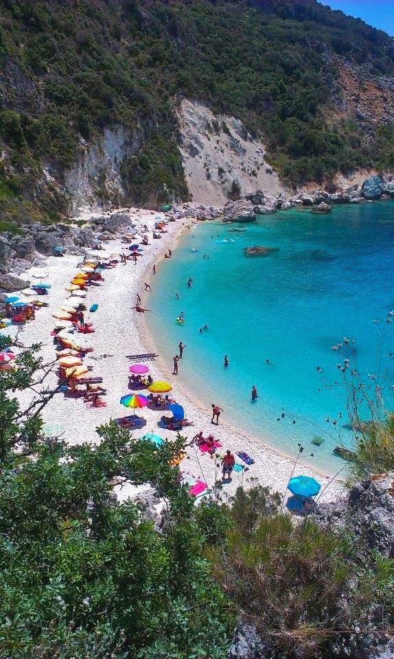 Pláž Agiofili