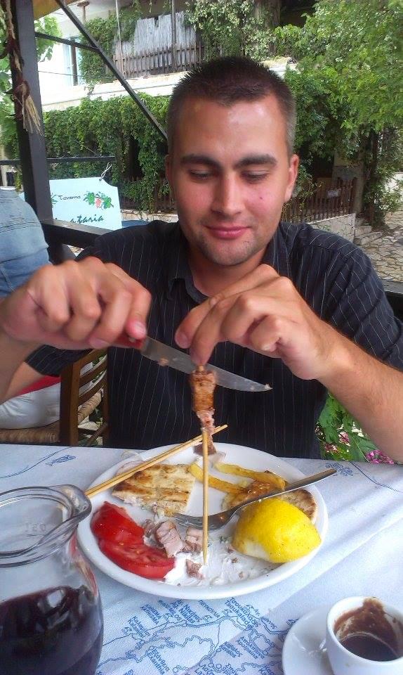 taverna Agios Nikitas