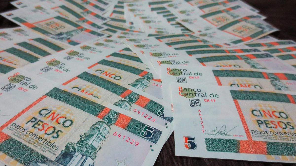 Měna na Kubě
