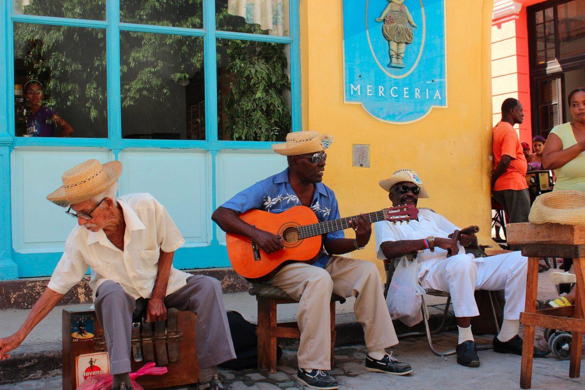 Společenská etiketa na kubě