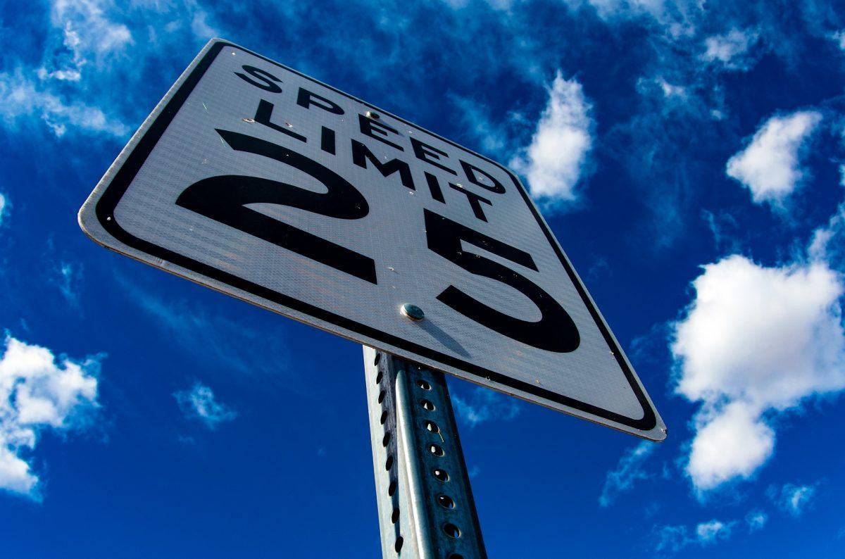 Půjčení auta na Mauriciu a dopravní předpisy
