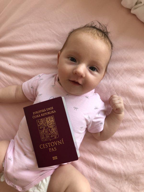 Cestovní pas pro miminko - cestujsnadno s dětmi