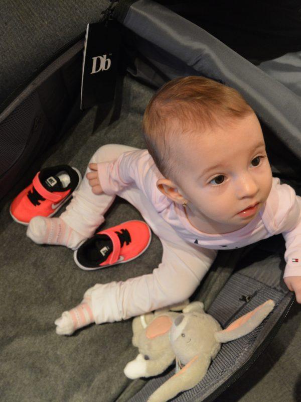Co zabalit miminku do letadla