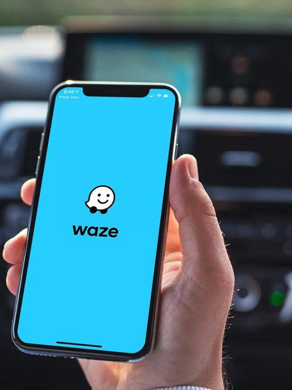 Aplikace na policejní hlídky Waze